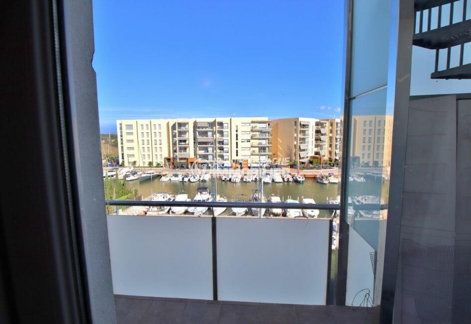 appartement à vendre à rosas, atico, vue sur la marina accès terrasse depuis la chambre
