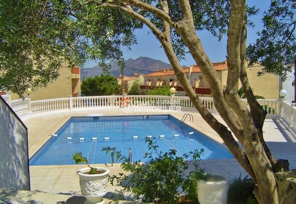 achat rosas espagne: villa 53 m², vue sur la piscine communautaire