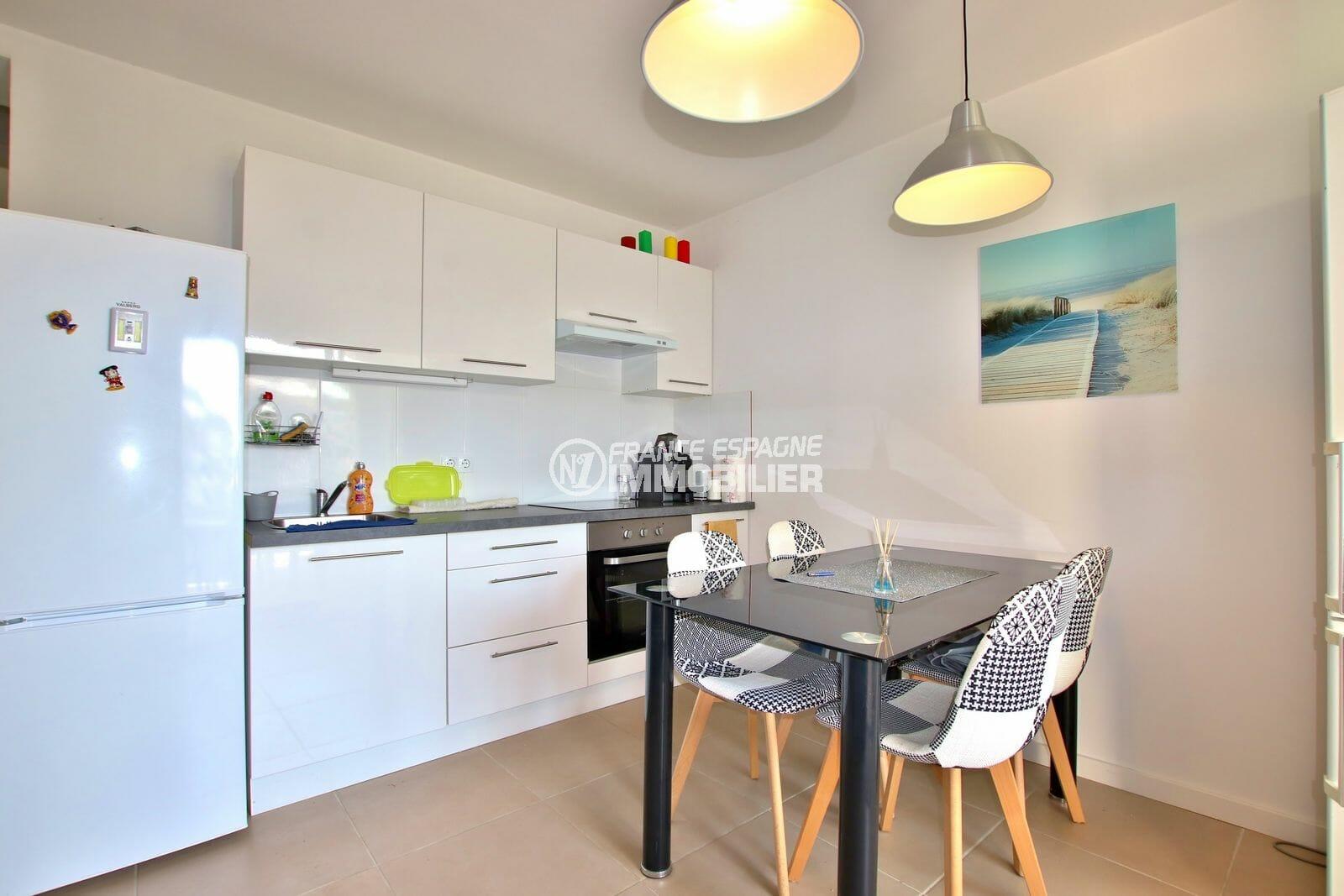 vente immobilière costa brava: villa ref.3980, coin cuisine du petit appartement (en bas)