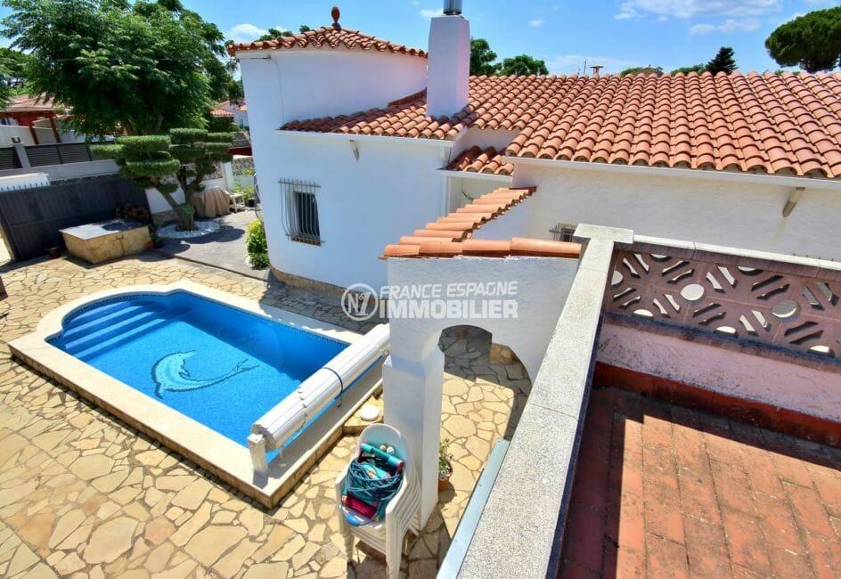 maison a vendre espagne costa brava, proche plage, aperçu de la piscine de 6 m x 3 m