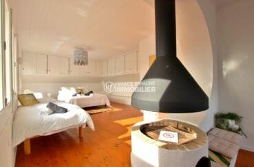 maison à vendre à empuriabrava, vue canal, chambre 1 avec lit double et lit simple