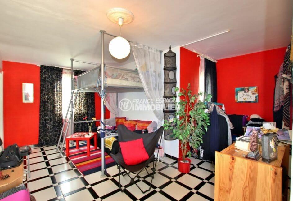 vente immobilière costa brava: villa 544 m², chambre 3 avec lit superposé et rangements