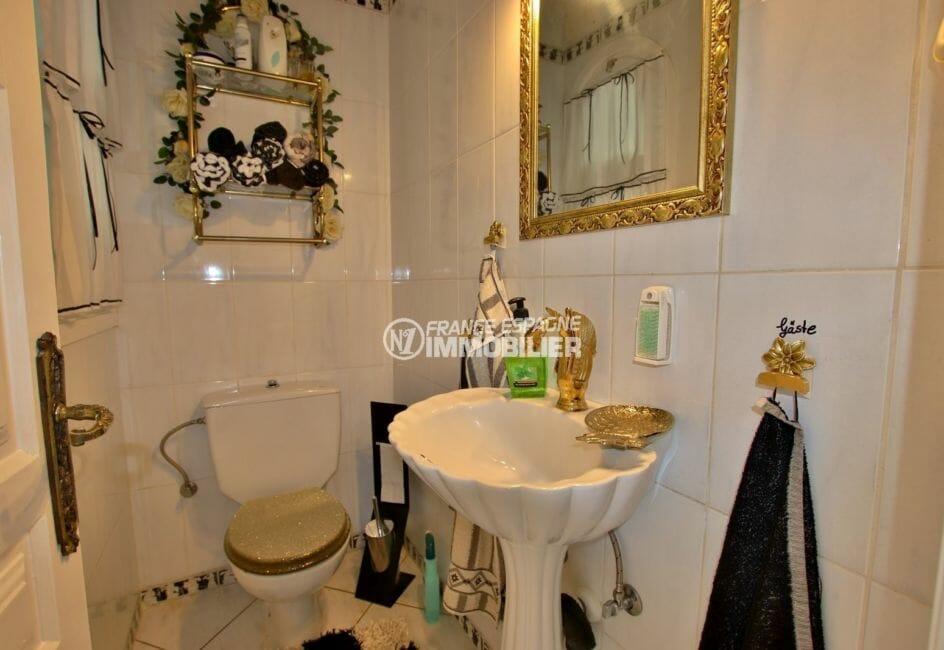 vente immobiliere costa brava: villa 544 m², toilettes indépendantes avec lavabo