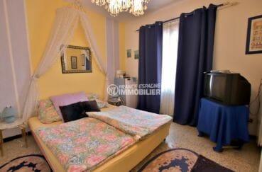 immocenter empuriabrava: villa 544 m², chambre 4 lit double et rangements