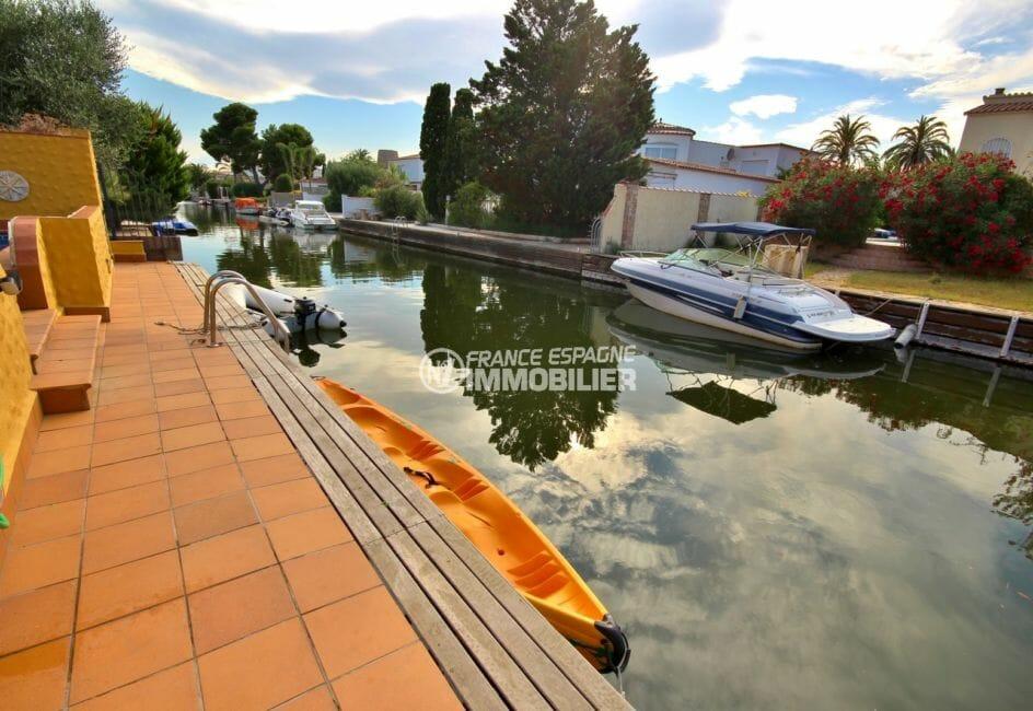 vente immobilier espagne costa brava: villa 170 m², vue sur le canal et amarre de 12,5 m accès piscine