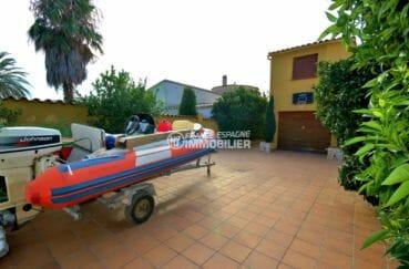 maison costa brava, empuriabrava, parking cour entérieure et garage de 19 m²