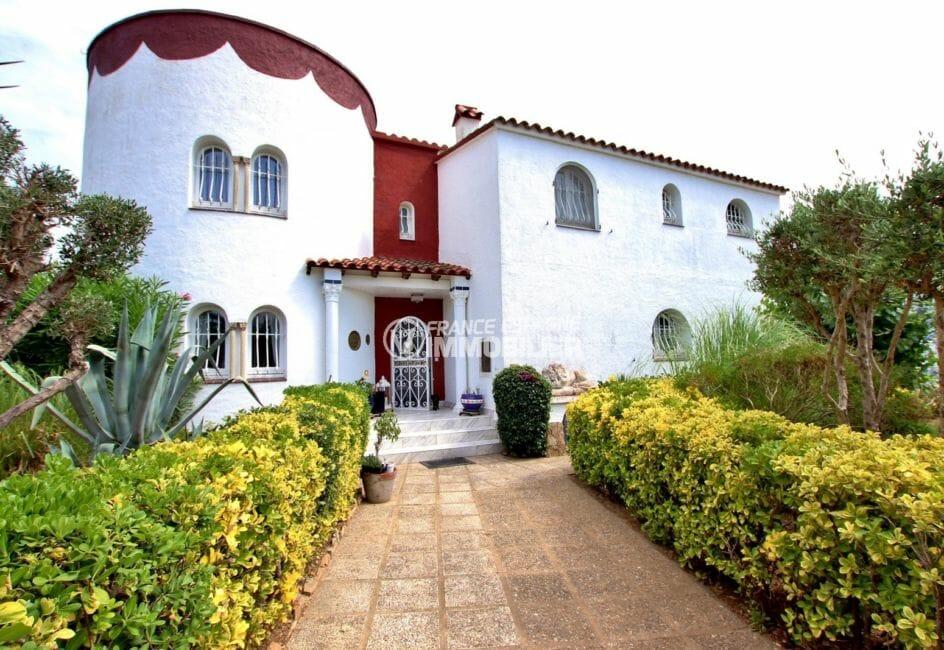 vente immobilière espagne costa brava: villa 544 m², façade et terrain de 1715 m²