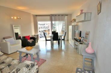 vente appartement rosas, petite vue canal, parking communautaire, plage et commerces à 200 m