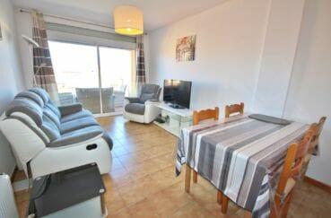 agences immobilières empuriabrava: appartement 75 m², salon / séjour lumineux accès terrasse