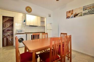 immobilier espagne rosas: appartement 50 m², cuisine ouverte sur le salon / séjour