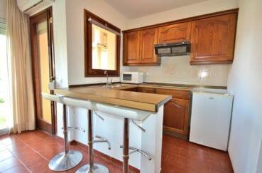 immobilier empuria brava: appartement 42 m², cuisine équipée et fonctionnelle