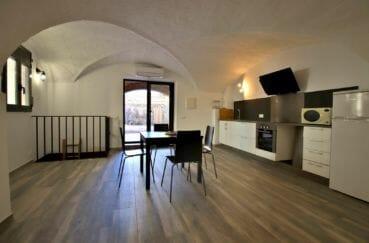 acheter maison costa brava, centre-ville, salon / séjour coin repas cuisine ouverte accès patio