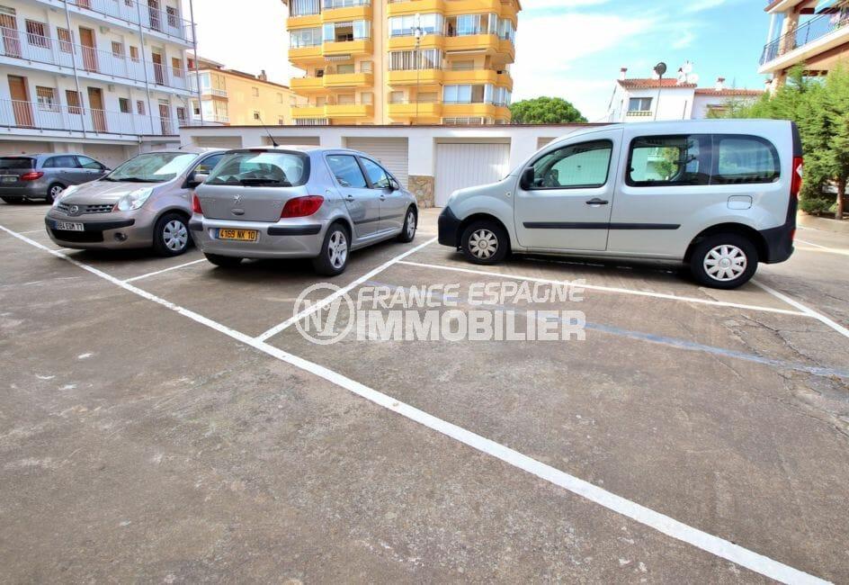 appartement à vendre à rosas espagne, vérada, aperçu de la place de parking en commun