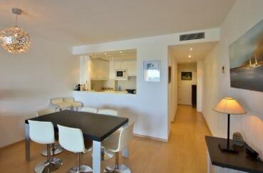 appartement rosas achat: 80 m², cuisine semi ouverte sur le salon / séjour