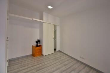 vente immobiliere costa brava: villa 91 m², dressing de la première suite parentale