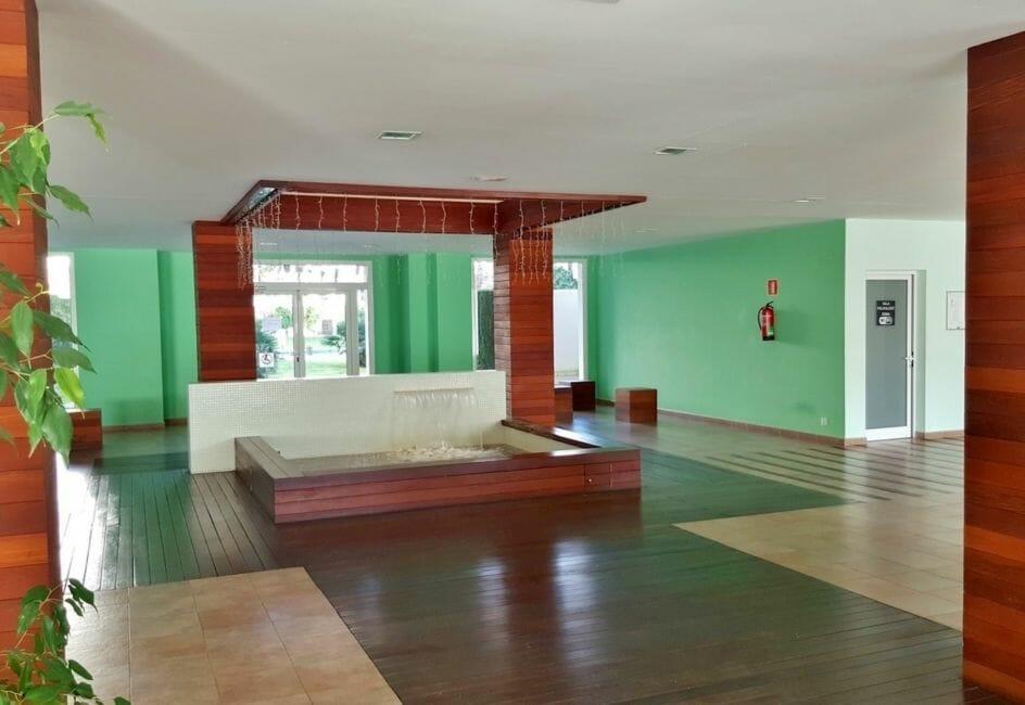 vente appartement roses espagne, 45 m², hall d'entrée de la résidence accès piscine