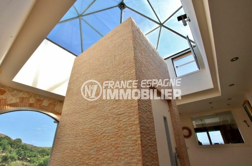 immo center rosas: villa 500 m², beaucoup de charrme et prestations de luxe, ascenseur