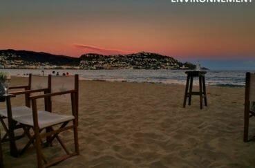 terrasses de restaurants / bars sur la plage aux alentours