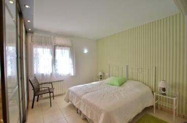achat maison costa brava, empuriabrava, troisième chambre avec lit double et dresssing