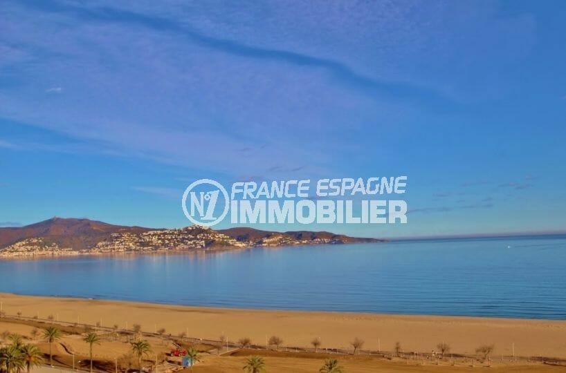 appartement a vendre empuriabrava, studio avec terrasse vue mer, plage et commerces à 100 m
