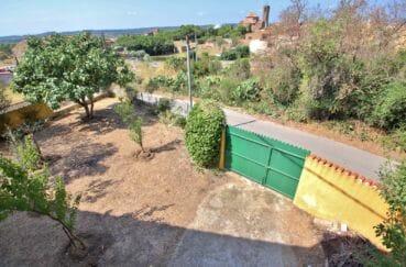immo roses: villa 91 m², terrain de 400 m² arboré, vue sur le portail