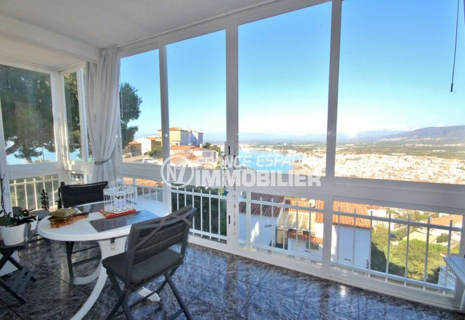 immo roses: appartement 72 m², grande terrasse d'angle vue sur mer
