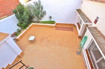 immo roses: villa 260 m², vue plongeante sur la grande terrasse solarium de 100 m²