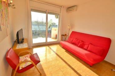 achat appartement empuriabrava, piscine, salon / séjour lumineux accès terrasse