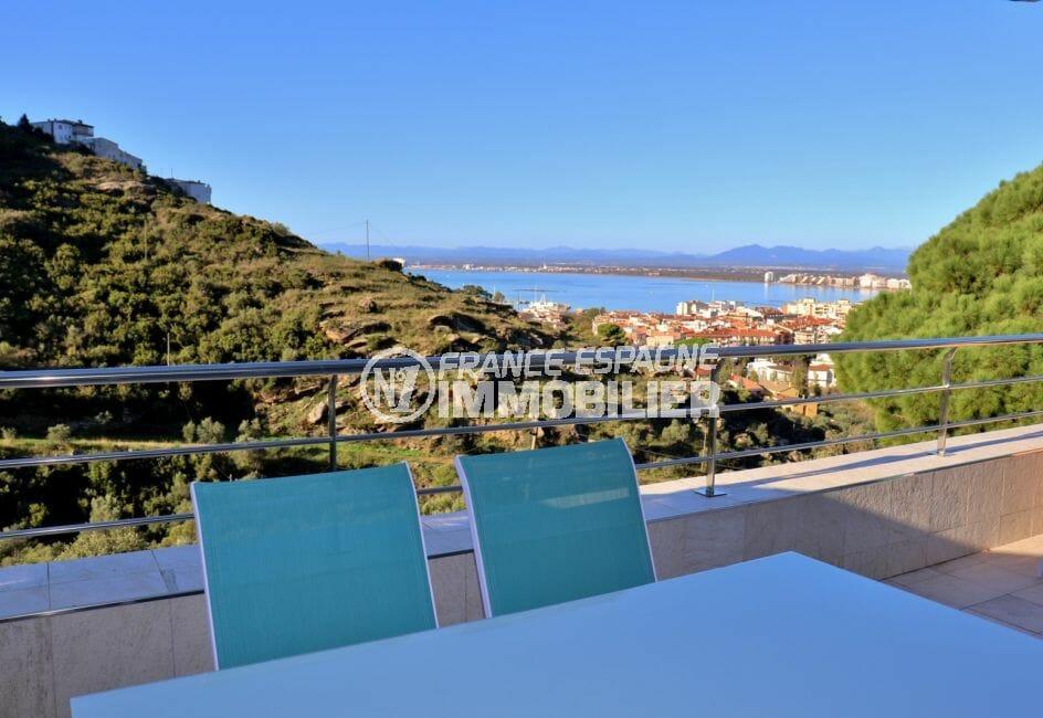 agence immobiliere costa brava: appartement 64 m², terrasse de 16 m² avec vue sur la mer