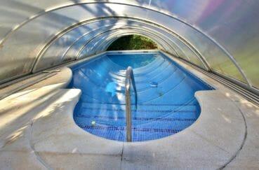 vente maison empuriabrava, appartement indépendant, grande piscine chaufée avec abris