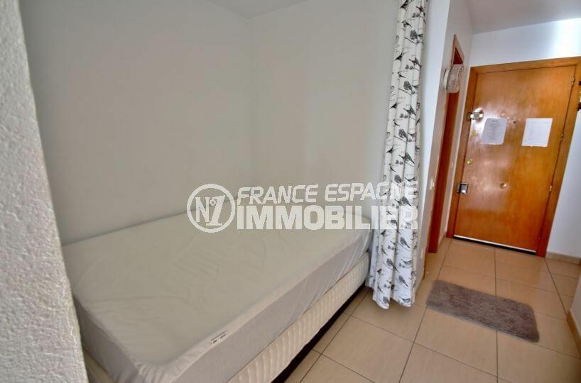 acheter appartement empuriabrava, vue mer, chambre alcôve avec lit double