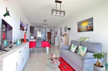 appartements a vendre a rosas, parking, salon / séjour rénové  avec cuisine ouverte