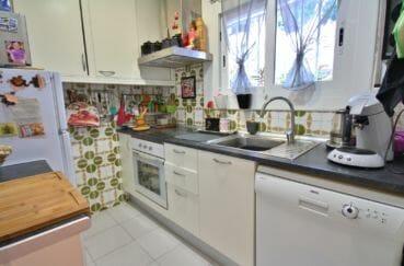 appartement a vendre a rosas, 2 chambres 72 m², cuisine indépendante, lumineuse
