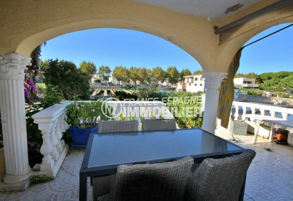 agence immobiliere costa brava: villa 172 m², belle terrasse avec coin détente vue dégagée
