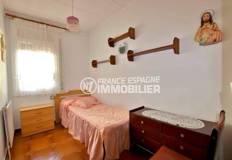vente maison rosas espagne, proche plage, deuxième chambre avec lit simple
