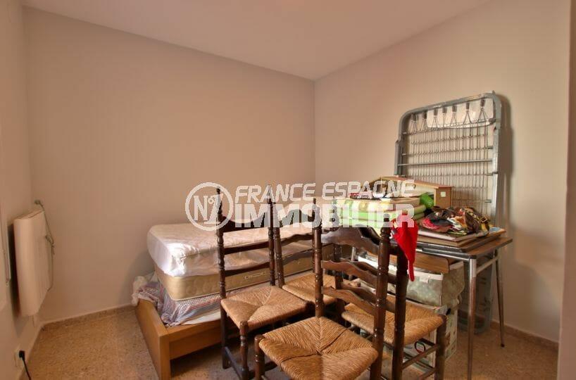 vente immobiliere rosas: villa secteur résidentiel 99 m², aperçu du débarras