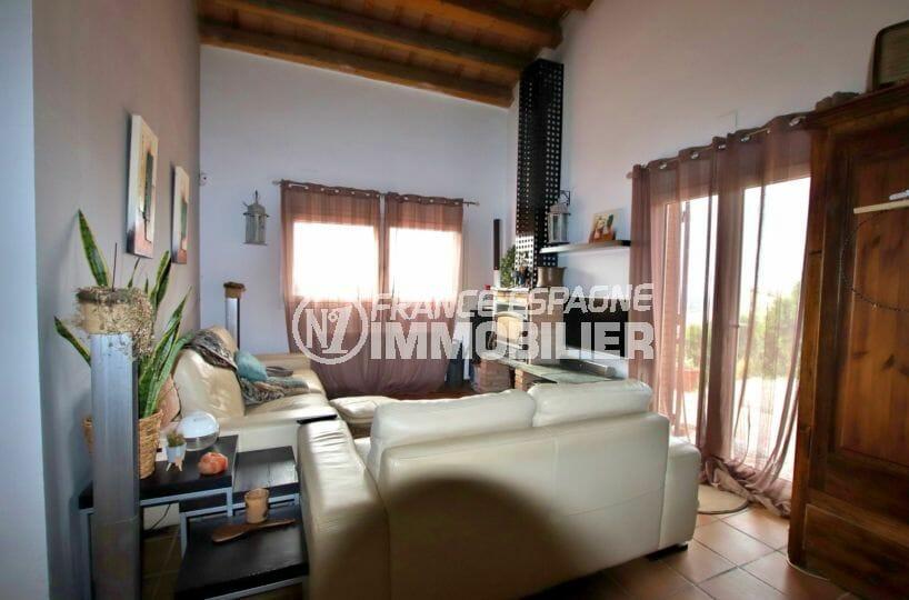 vente maison rosas espagne, ref.4034, vue sur le salon / séjour accès jardin et terrasse