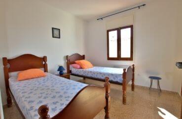 agence empuriabrava: villa 57 m², deuxième chambre avec 2 lits simples