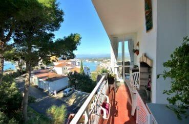 vente appartement rosas espagne, 2 chambres 72 m², grande terrasse avec coin barbecue