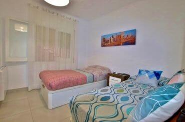 appartement à vendre à rosas espagne, parking, deuxième chambre avec 2 lits simples