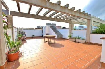 vente appartement rosas, résidence standing, atico avec solarium, piscine et parking
