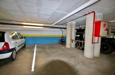 appartement rosas vente, standing, aperçu du parking communautaire en sous-sol