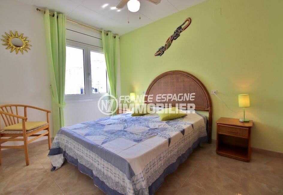 vente empuriabrava: villa 138 ², deuxième chambre avec un lit double