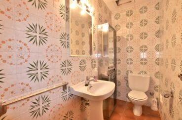 maison a vendre espagne, 260 m², toilettes indépendantes avec lavabo