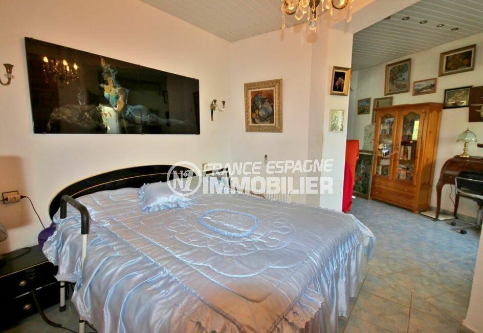 agence empuriabrava: villa 172 m², première chambre avce lit double