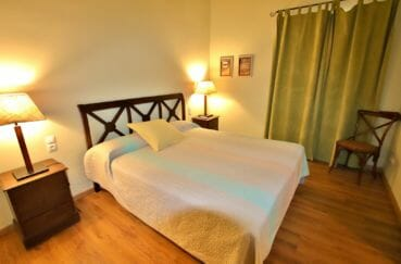vente immobiliere espagne costa brava: villa 581 m², 3ème suite parentale avec lit double