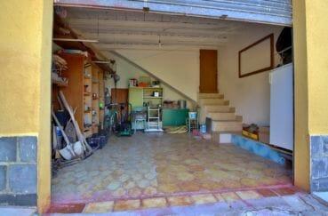 la costa brava: villa 91 m², aperçu du garage avec rangements