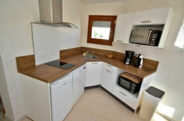 maison à vendre à empuriabrava, piscine, cuisine équipée et fonctionnelle
