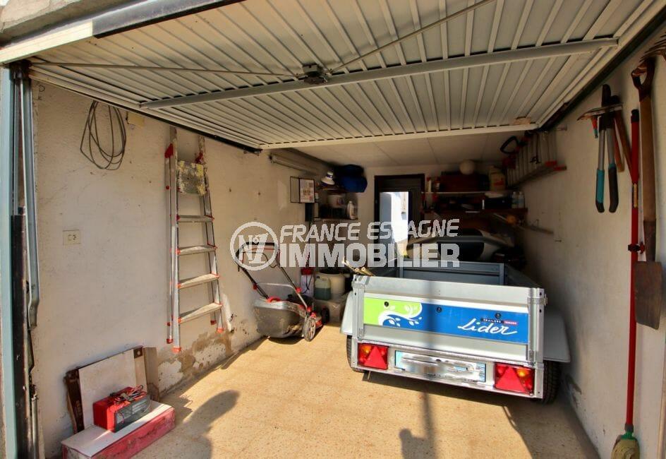 acheter maison costa brava, empuriabrava, aperçu du garage avec rangements