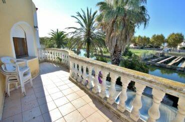 acheter maison costa brava, 172 m², belle terrasse avec vue sur le canal